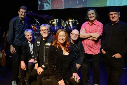 Droichead Arts Centre -<br />           The Illegals with Niamh Kavanagh<br />