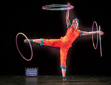 Droichead Arts Centre -            LEANBH: Science Circus Show with Dr Dea Birkett Ringmaster