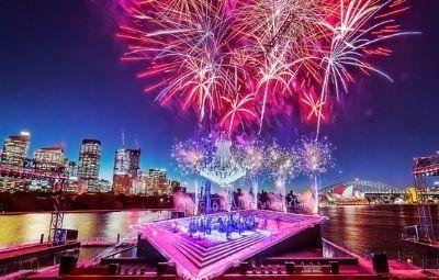 image of La Traviata on Sydney Harbour 2021