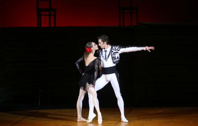 image of Bolshoi 18/19: Carmen Suite/Petrushka LIVE
