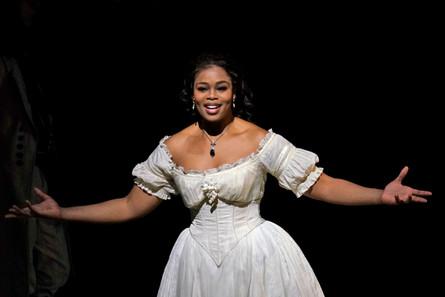 Droichead Arts Centre -            Opera: La Fille Du Régiment | Donizetti