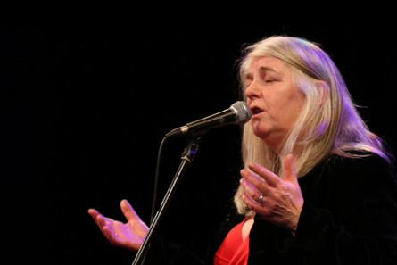 Droichead Arts Centre -            Niamh Parsons | Women and Traditional Singing | 6 week course